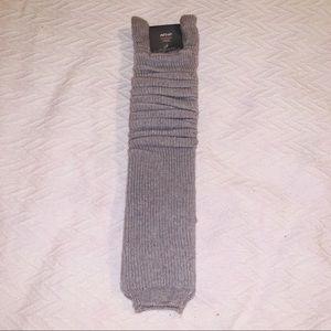 NWT✨ Aerie Gray Knit Leg Warmers